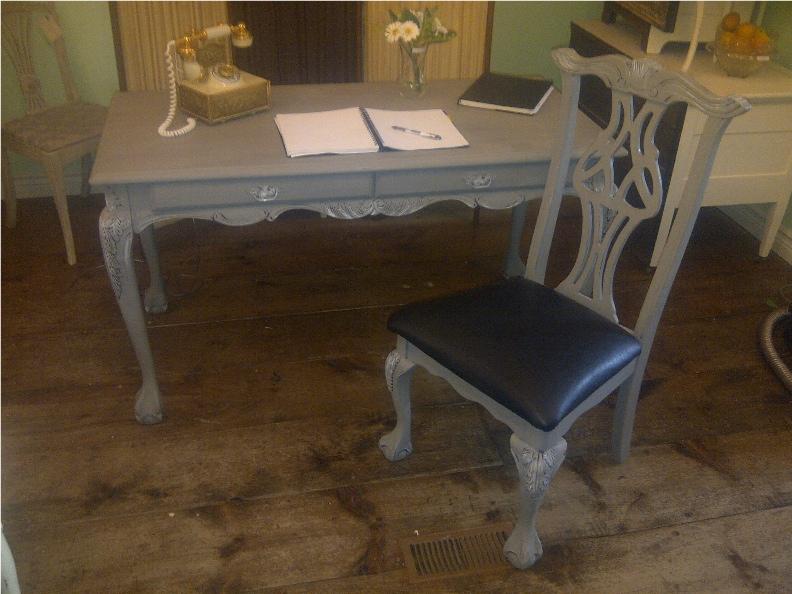 Gray Desk web